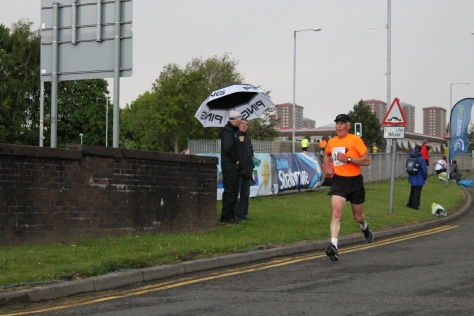 Robin Scott finishing (photo by Steven Hill)