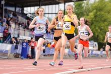 Jemma Reekie on the way to GOLD
