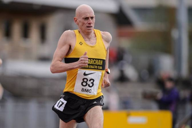McCulloch tastes victory at night of the 10,000m's